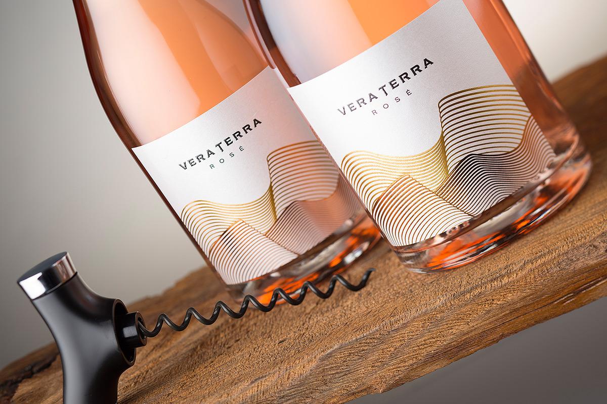 Vera Terra wine label
