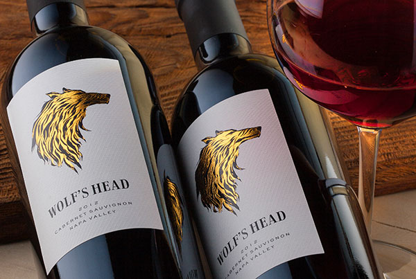 Wolf's Head wine label design