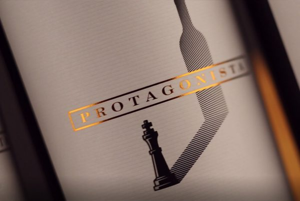 wine label video