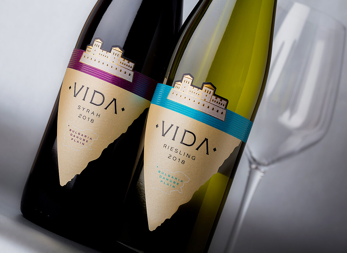 design for vida wine brand