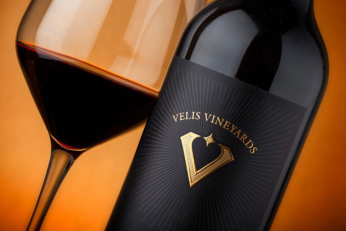 the velis wine label