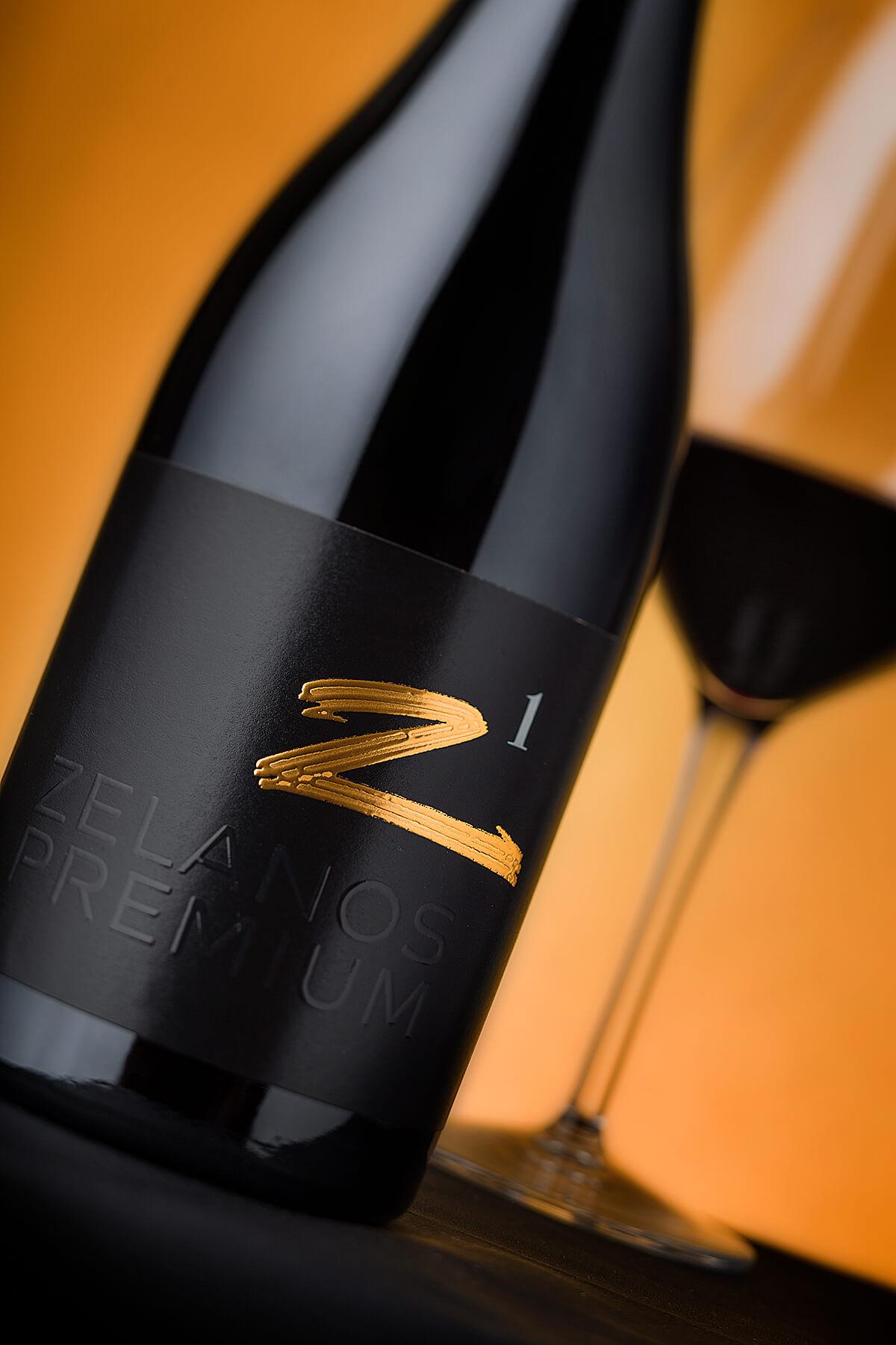 zelanos rremium wine label design