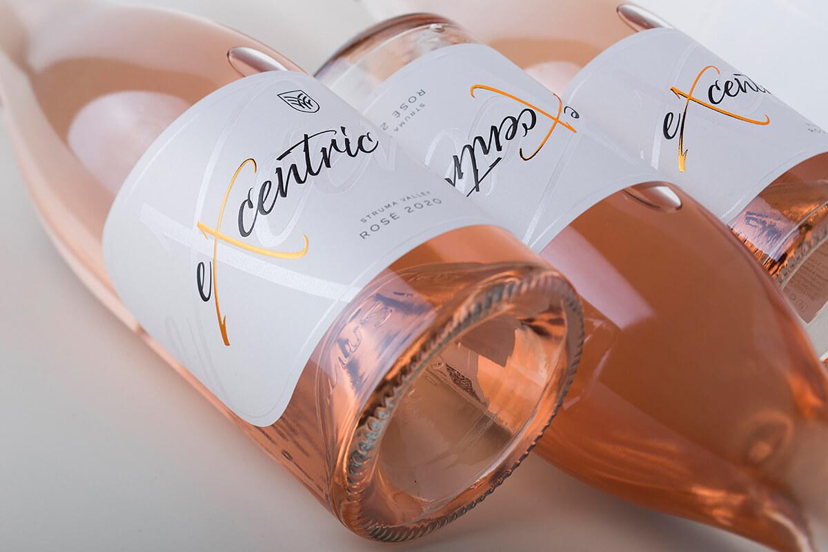 excentric wine label design