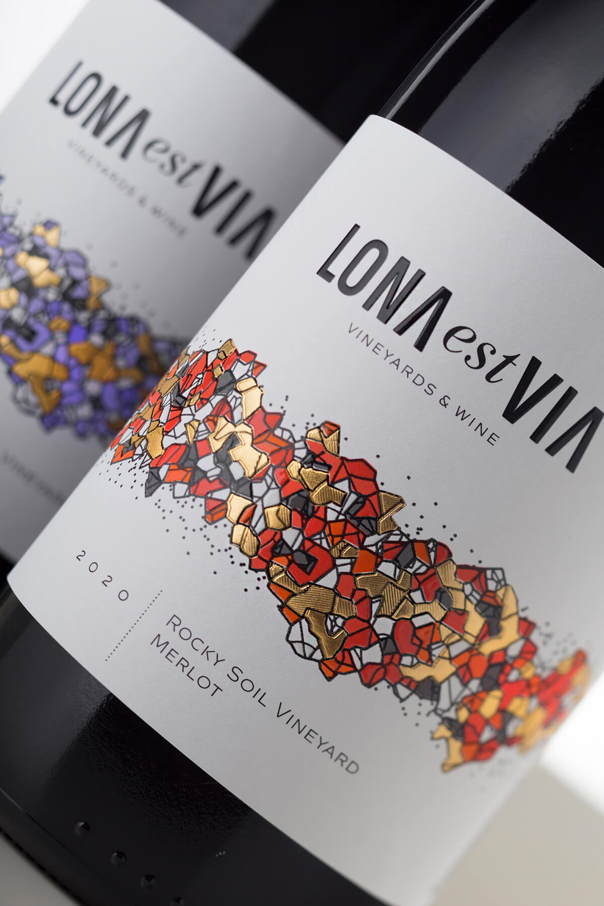 Lona Wine Label