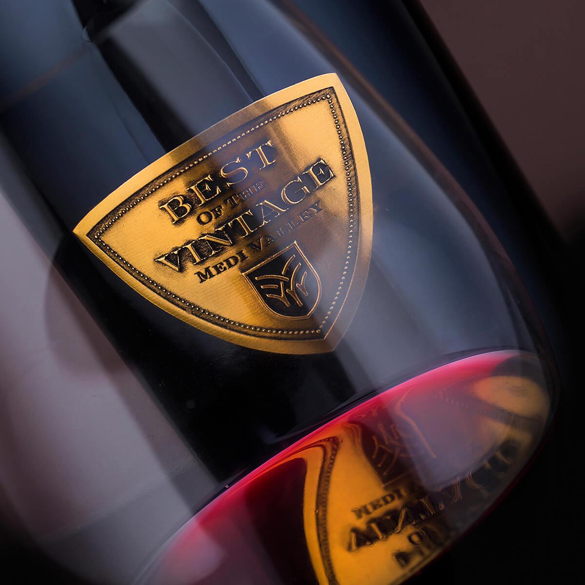 metal wine label design